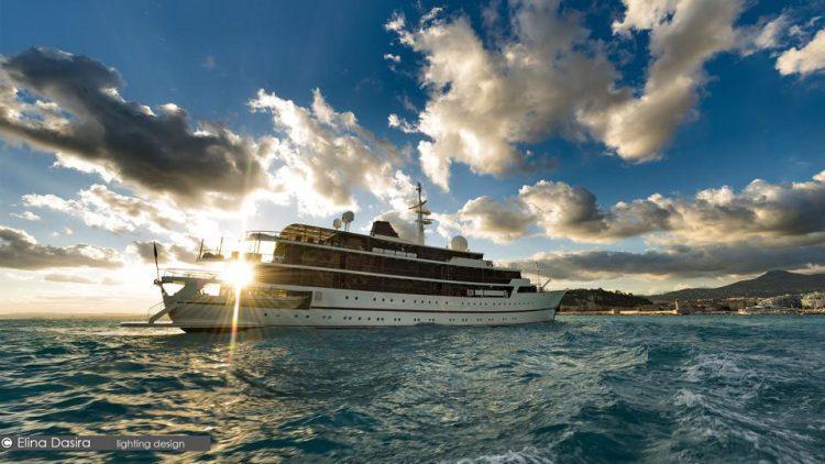 Chakra Yacht 5